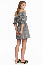 Off-the-shoulder dress - Black/White/Checked - Ladies | H&M GB 1