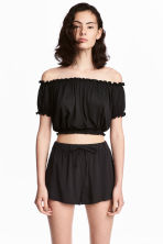 Short off-the-shoulder top - Black - Ladies | H&M 1