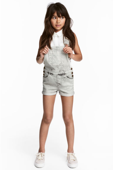 Dungaree shorts - Grey washed out - Kids | H&M 1