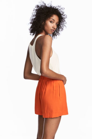 Short court - Orange - FEMME | H&M FR