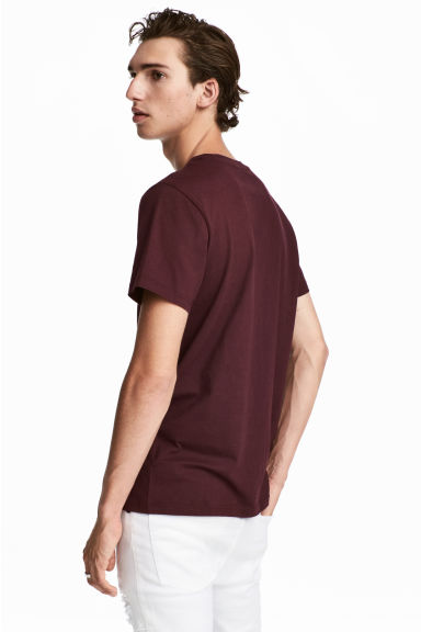Round-necked T-shirt - Burgundy - Men | H&M CA 1