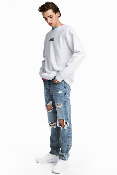 Slim Regular Trashed Jeans  Model