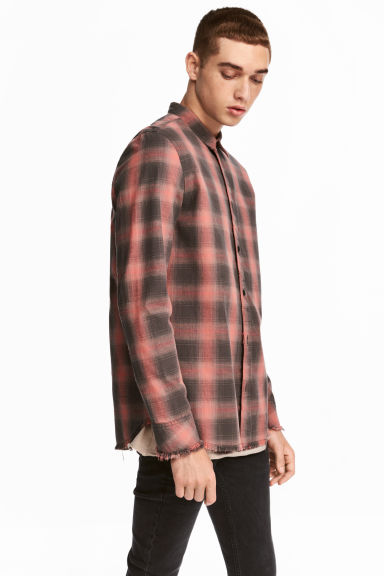 Raw-edge cotton shirt - Light orange/Checked - Men | H&M CN