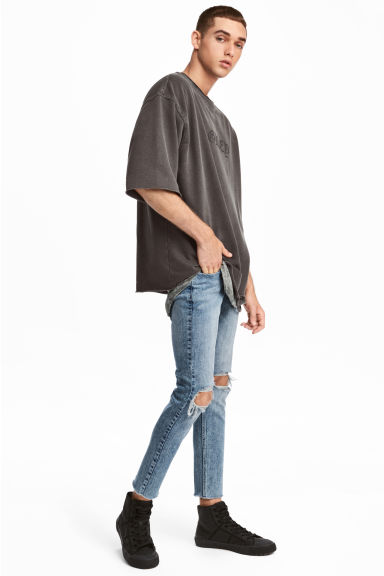 Super Skinny Ankle Jeans Model