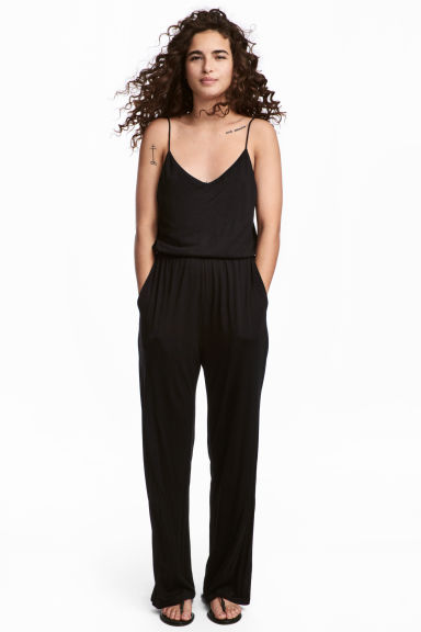 Jersey jumpsuit Model