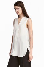 V-neck blouse - White - Ladies | H&M CN 1
