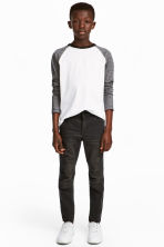 Knee-patch biker trousers - Nearly black - Kids | H&M 1