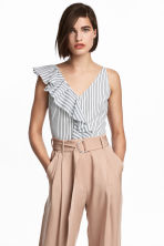 Short flounced top - White/Striped - Ladies | H&M CA 1