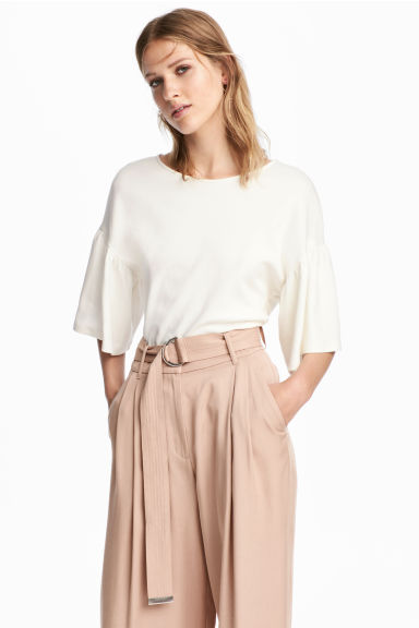 Top with flounced sleeves - White - Ladies | H&M CN