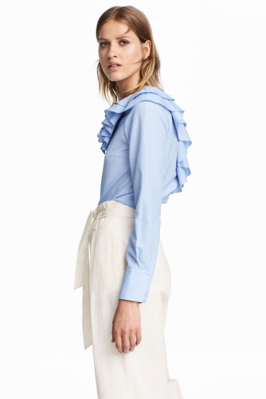 Blouse with a frilled collar - Blue/White/Striped - Ladies | H&M