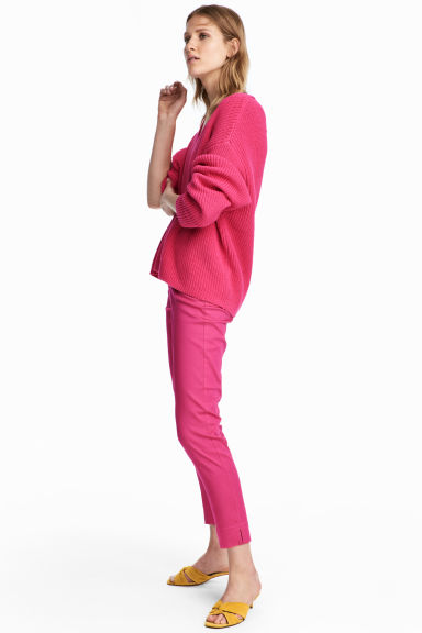 Tailored trousers - Cerise - Ladies | H&M CA 1