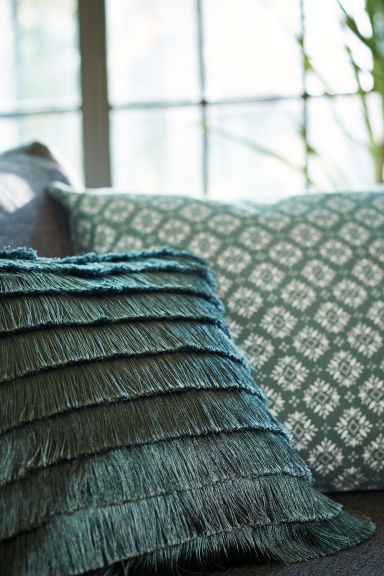 Tiered-fringe cushion cover - Moss green - Home All | H&M CA 1