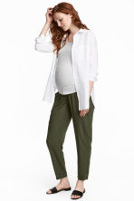 MAMA Jacquard-weave trousers - Khaki green - Ladies | H&M CN 1