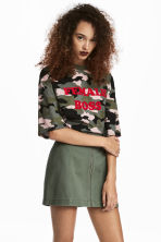 Short skirt - Khaki green - Ladies | H&M CA 1