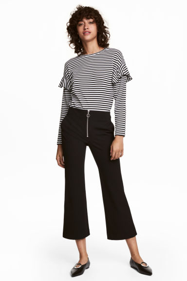 Kickflare trousers - Black - Ladies | H&M CN 1