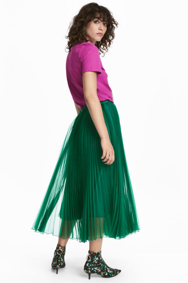 Pleated skirt - Green - Ladies | H&M