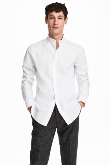 Collarless shirt Regular fit Model