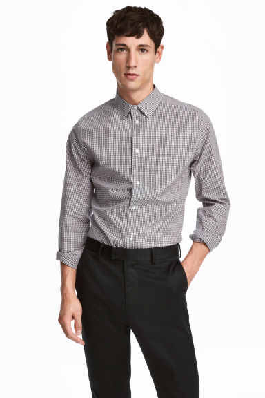 Poplin shirt Slim fit - Black/White checked - Men | H&M 1