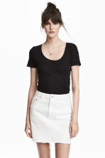 Short-sleeved jersey top - Black - Ladies | H&M 1