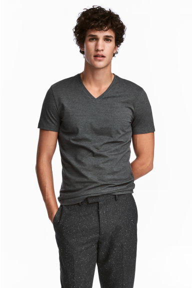 V-neck T-shirt Slim fit - Dark green/Narrow striped - Men | H&M 1