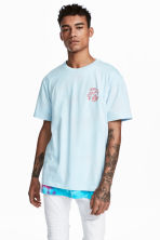 Printed T-shirt - Light blue - Men | H&M 1