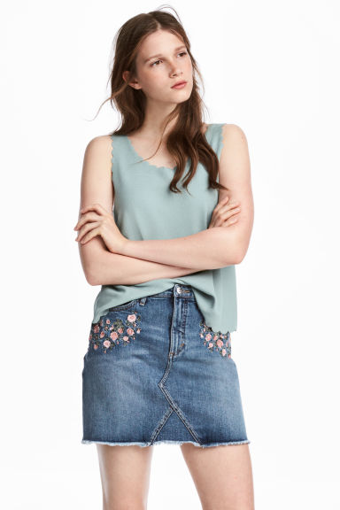 Denim skirt - Denim blue/Flowers - Ladies | H&M 1