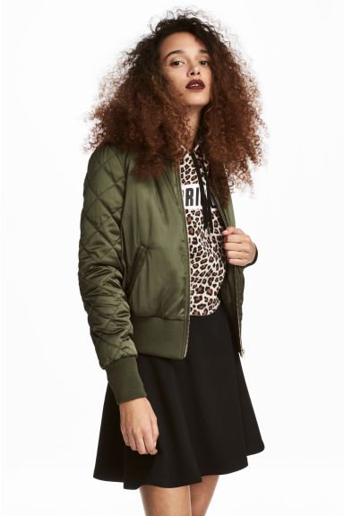 Short satin bomber jacket Model