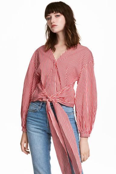 Cotton tie blouse Model