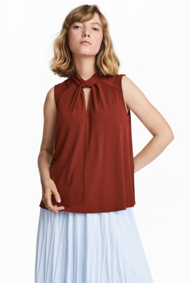 Top with a stand-up collar - Rust - Ladies | H&M
