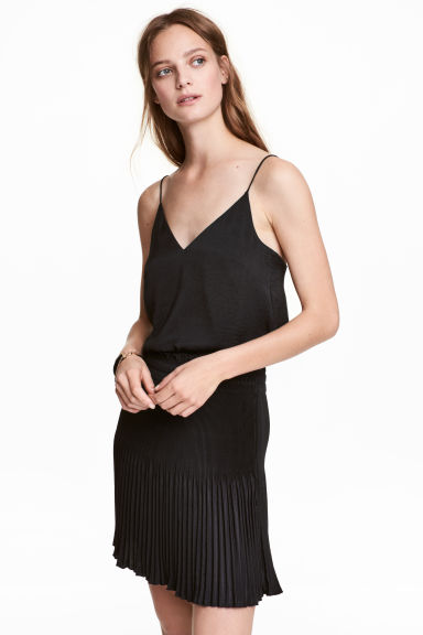 Pleated skirt - Black - Ladies | H&M CA 1