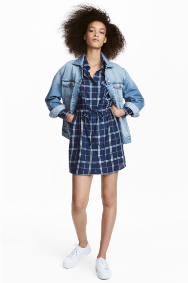Shirt dress - Blue/White checked - Ladies | H&M IE
