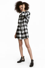 Shirt dress - Black/White checked - Ladies | H&M 1