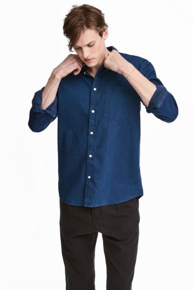 Denim shirt Regular fit - Dark denim blue - Men | H&M CN 1