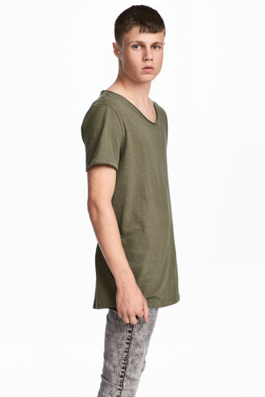 Raw-edge T-shirt - Khaki green - Men | H&M 1