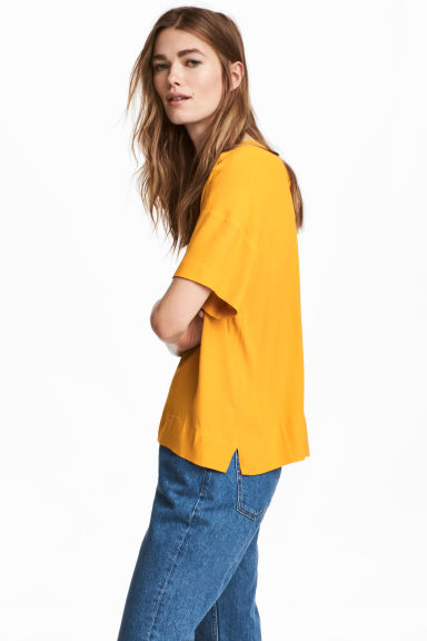 Crêpe top - Yellow - Ladies | H&M 1