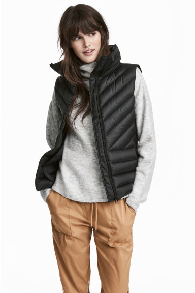 Lightweight Down Vest Model