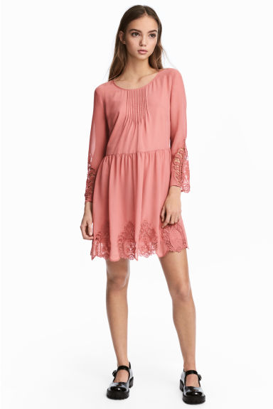 Hole-embroidered dress - Dark old rose - Ladies | H&M 1
