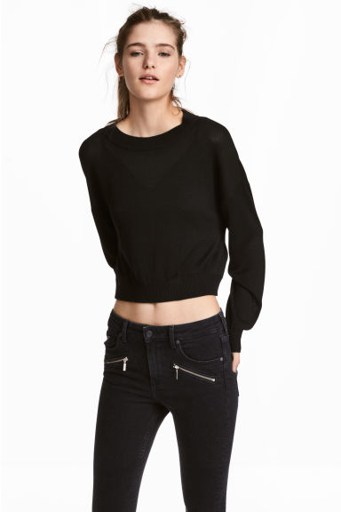 Short jumper Model