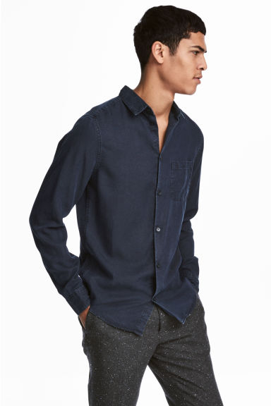 Denim shirt Regular fit - Dark blue - Men | H&M CN 1