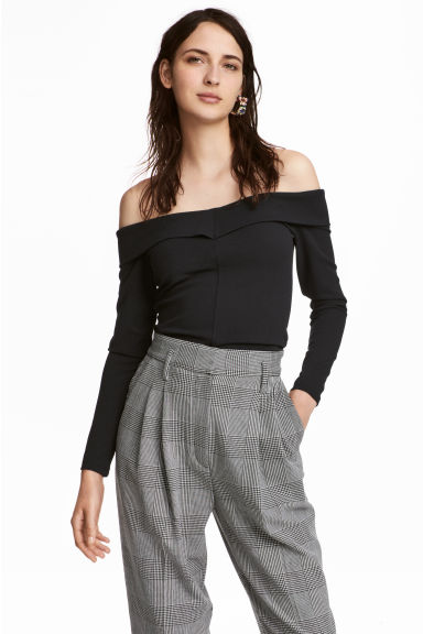 Off-the-shoulder crêpe top - Black - Ladies | H&M CN
