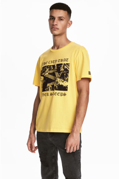 Printed T-shirt - Light yellow - Men | H&M CN 1