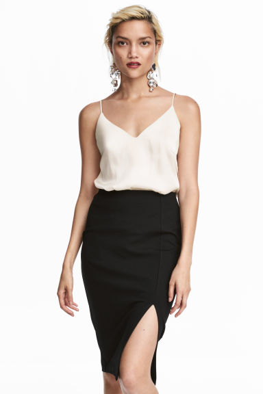 V-neck strappy top - Natural white - Ladies | H&M