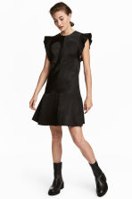 Frill-sleeved dress - Black - Ladies | H&M 1