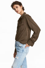 Lyocell utility shirt - Khaki green - Ladies | H&M 1