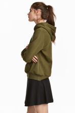 Hooded top - Khaki green - Ladies | H&M 1