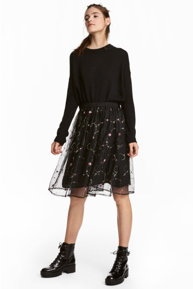 Mesh skirt with embroidery - Black/Floral -  | H&M
