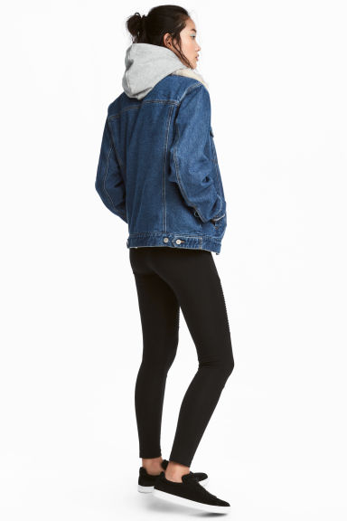 Jersey Biker Leggings Model