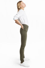 Shaping Skinny Regular Jeans - Khaki green -  | H&M CN 1