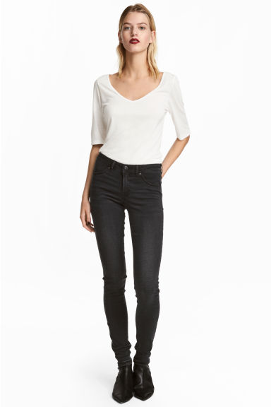 Feather Soft Low Jeggings - Black denim - Ladies | H&M 1
