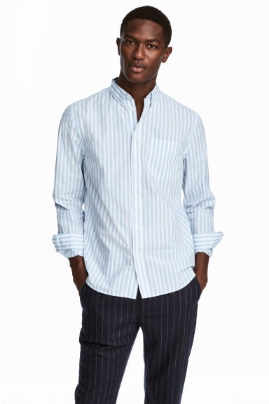 Cotton shirt Regular fit - White/Light blue striped - Men | H&M 1